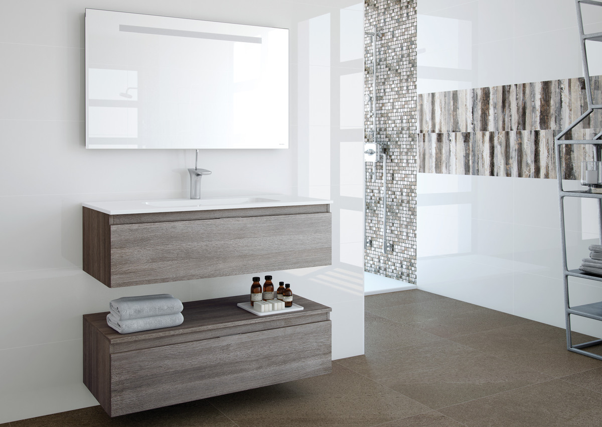 Natural stone-look wall tiles